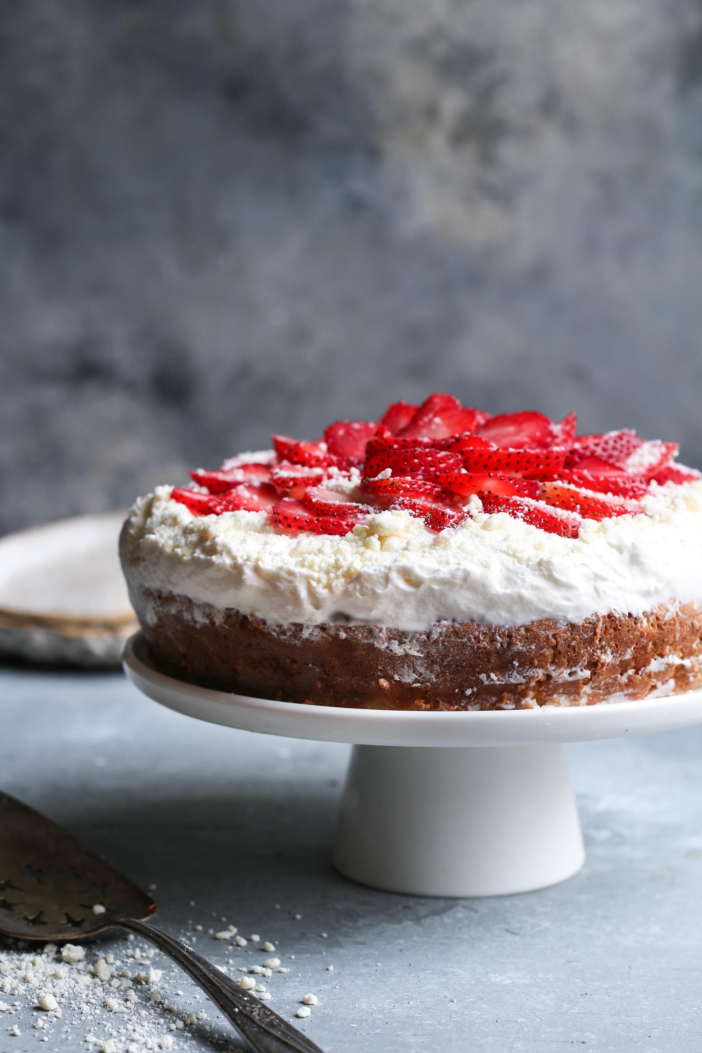 White Chocolate Tres Leches Cake |foodfashionparty| #whitechocolatecake #treslechescake