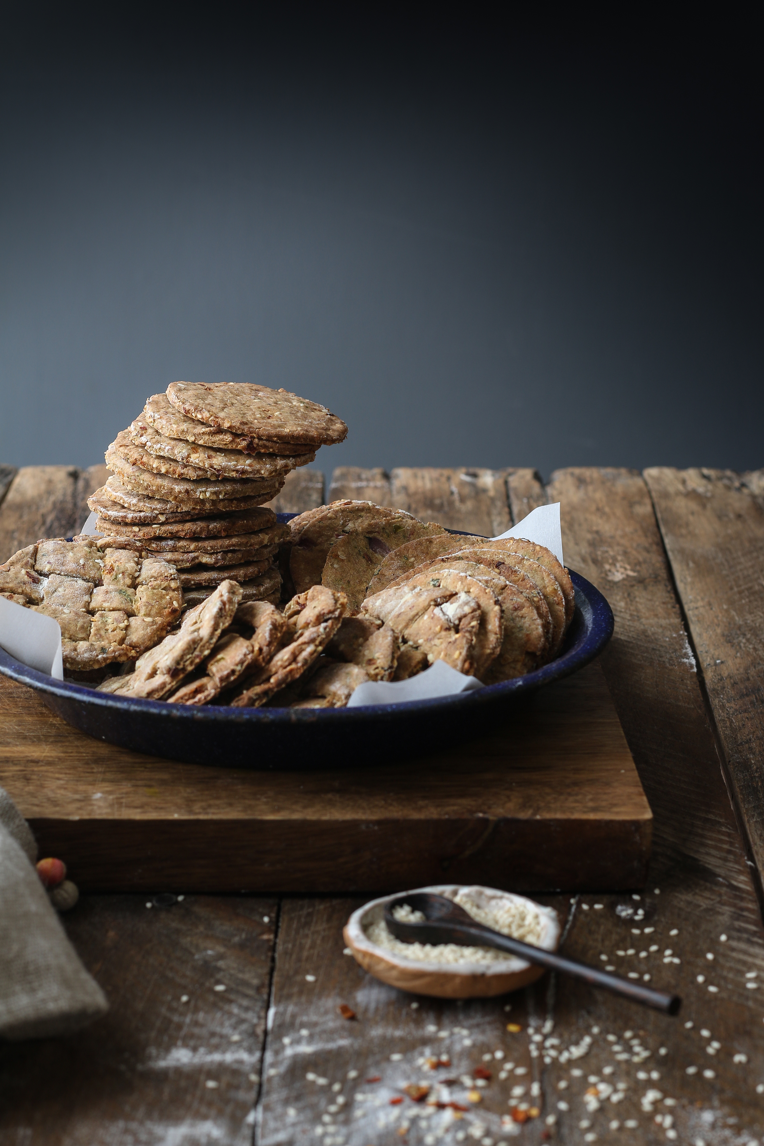 Baked Nippat/ Spiced Cracker with peanuts |foodfashionparty| #bakedcrackers