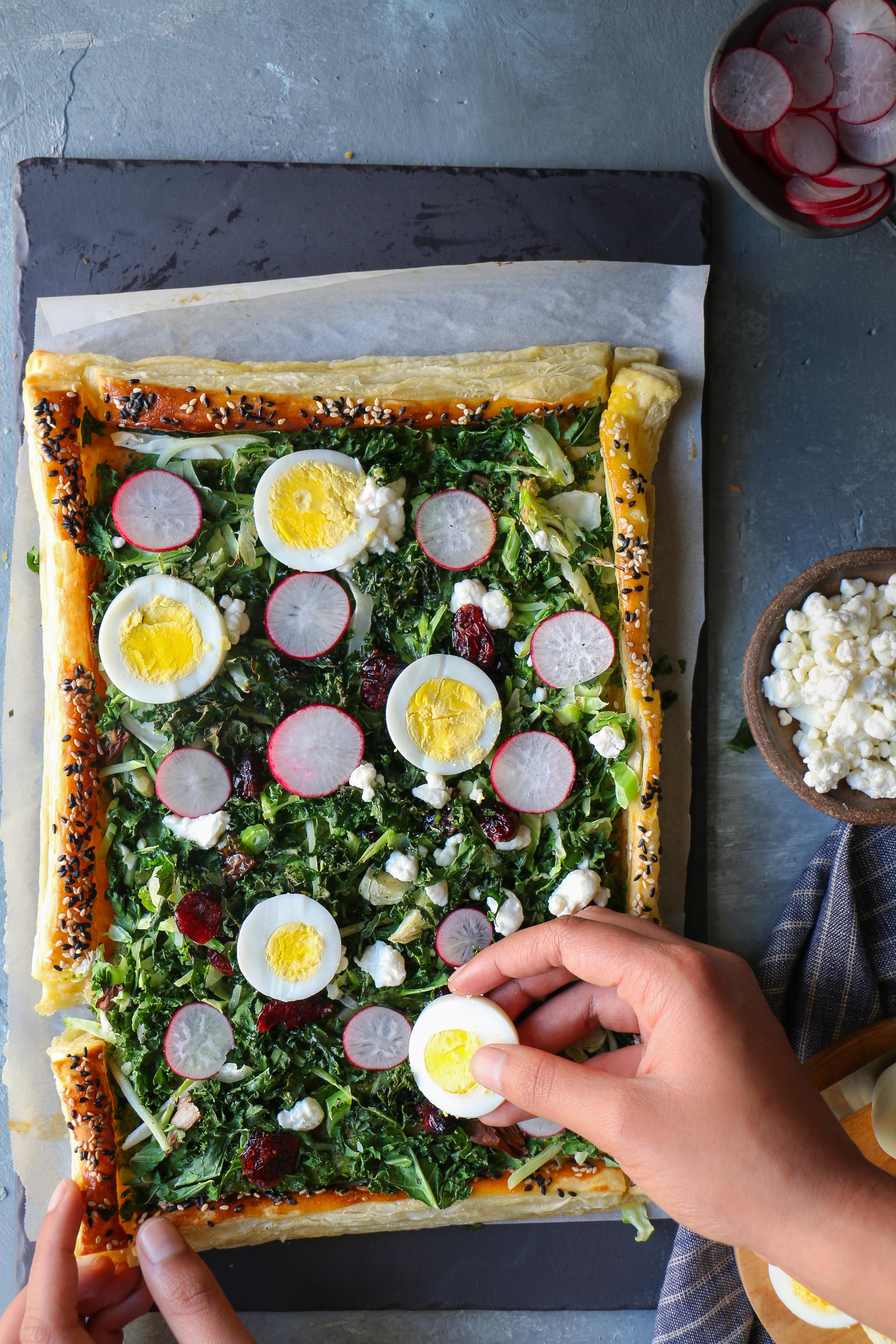 Rustic Spring Sweet Kale and Egg Tart |foodfashionparty| #sweetkaletart #springtart