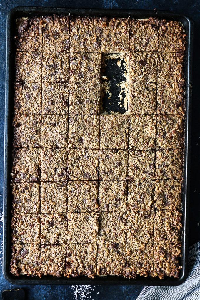 Pecan-Coconut-Chocolate Pie Cookies |foodfashionparty| #pecanpie #pecanpiecookies