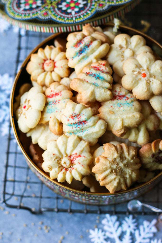 Classic Spritz Cookies - Lemon and Almond flavored cookies |foodfashionparty| #spritz cookies