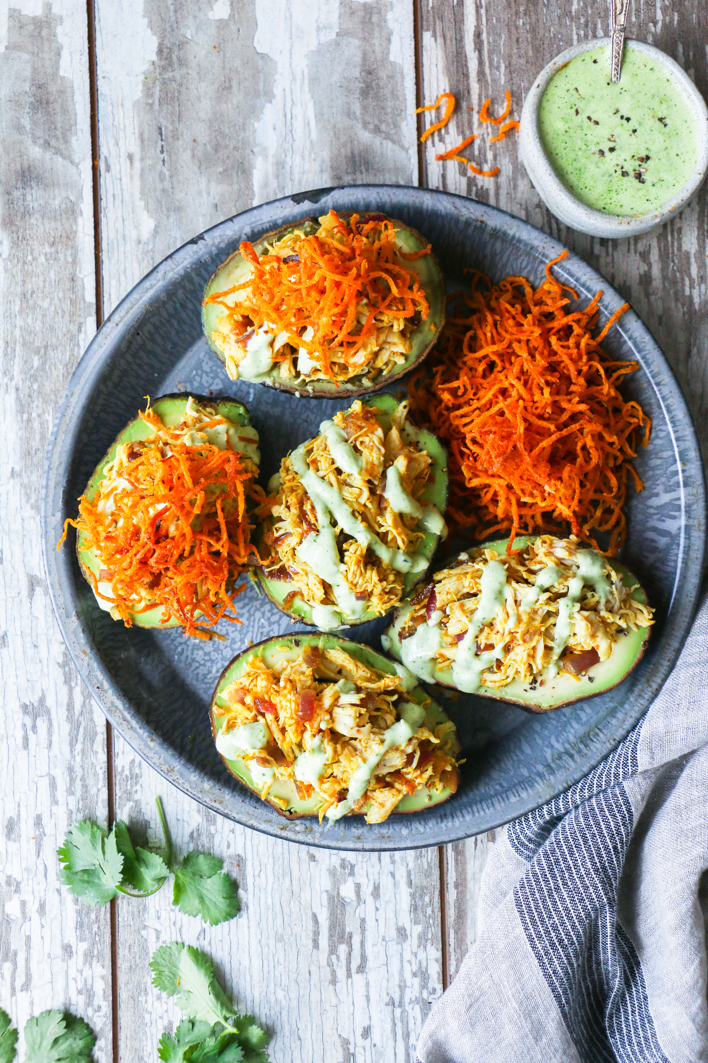 Curry Chicken Salad Avocado Boats with Cilantro cream - Carb free and Healthy foodfashionparty  #avocadoboats