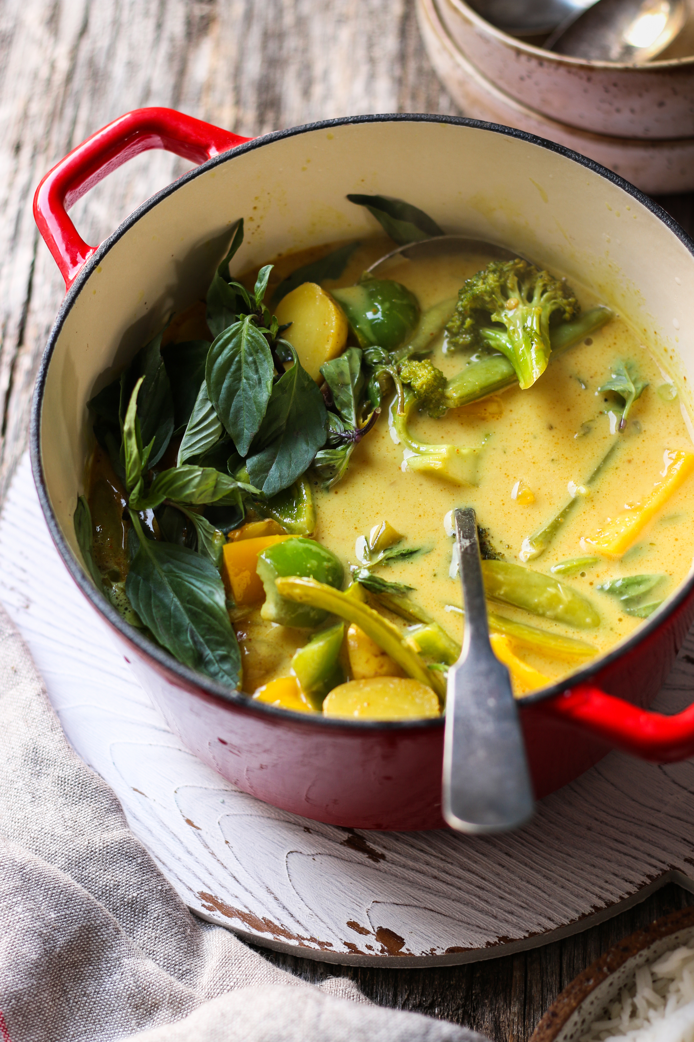Vegetarian Quick Yellow Thai Curry - 20 min  foodfashionparty  #yellowthaicurry #thaicurry